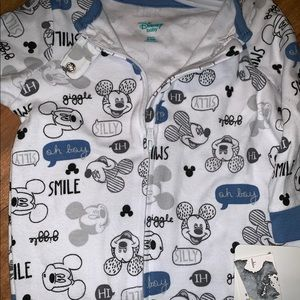 Mickey Mouse boys footie pajamas 6-9 months